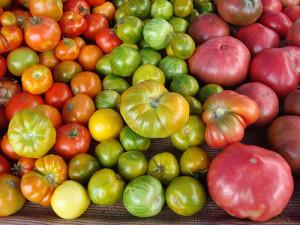 Какие помидоры закладывать на хранение