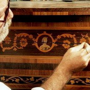 Как придать современный стиль старой мебели?