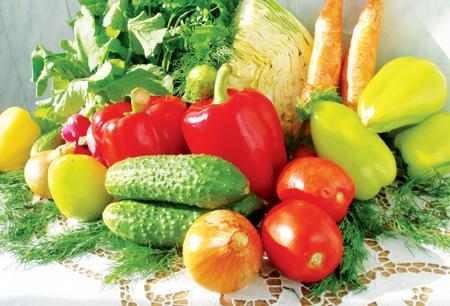 Погодный фактор спровоцировал подорожание ягод и овощей в Украине