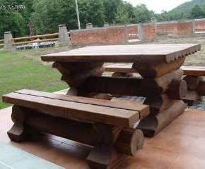 Садовая мебель: особенности ухода за деревяной мебелью