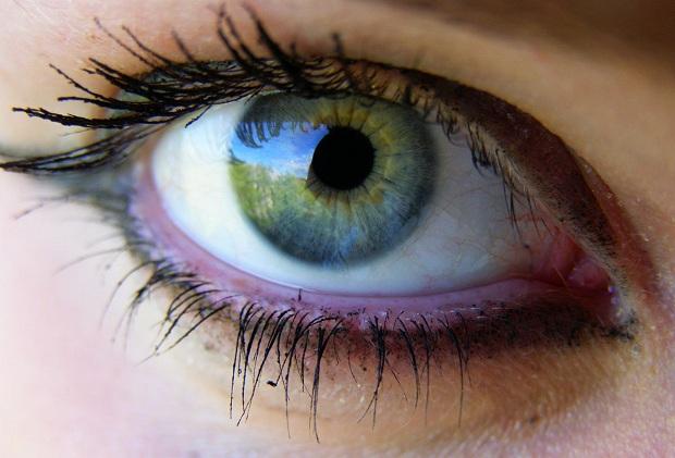 Краснеют глаза от монитора