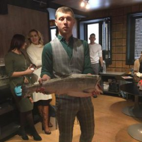 Дикая рыба из Аляски может конкурировать с хорошим американским стейком