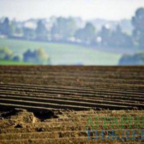 В Верховной Раде зарегистрирован законопроект о продлении земельного моратория на год