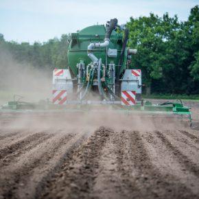 Черкасский «Азот» планирует расширить производство удобрений