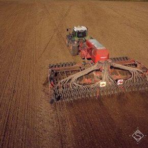 На юге Украины начали сеять озимые зерновые
