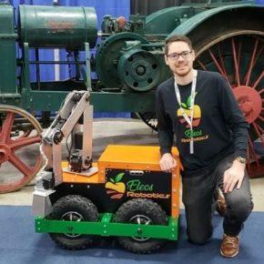 Для борьбы с сорняками на полях создано работа RoboWeeder