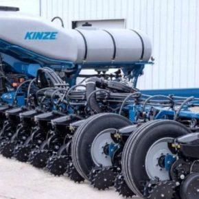 Kinze разработал систему для скоростного посева кукурузы