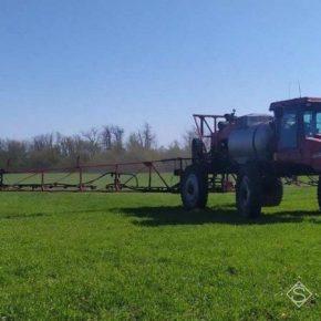 Аграрии завершают запасаться агрохимикатами для защиты растений