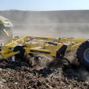 BEDNAR вошел в тройку лучших импортеров почвообрабатывающей техники в Украине