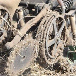 Изобретатели создали систему спирального колеса для сева во влажных условиях