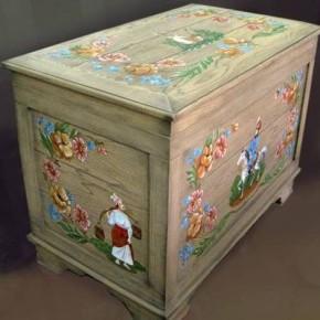 Новая жизнь старой деревянной мебели