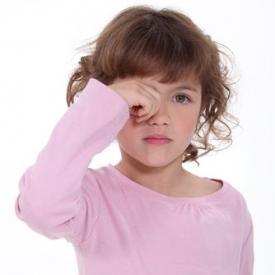 Как бороться с синдромом сухого глаза?